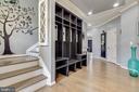 Open Foyer with Built-ins - 41957 DONNINGTON PL, ASHBURN