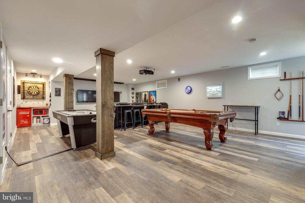 Newly Finished Rec Room - 41957 DONNINGTON PL, ASHBURN