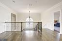 Upper Level Landing - 6924 RIVER OAKS DR, MCLEAN