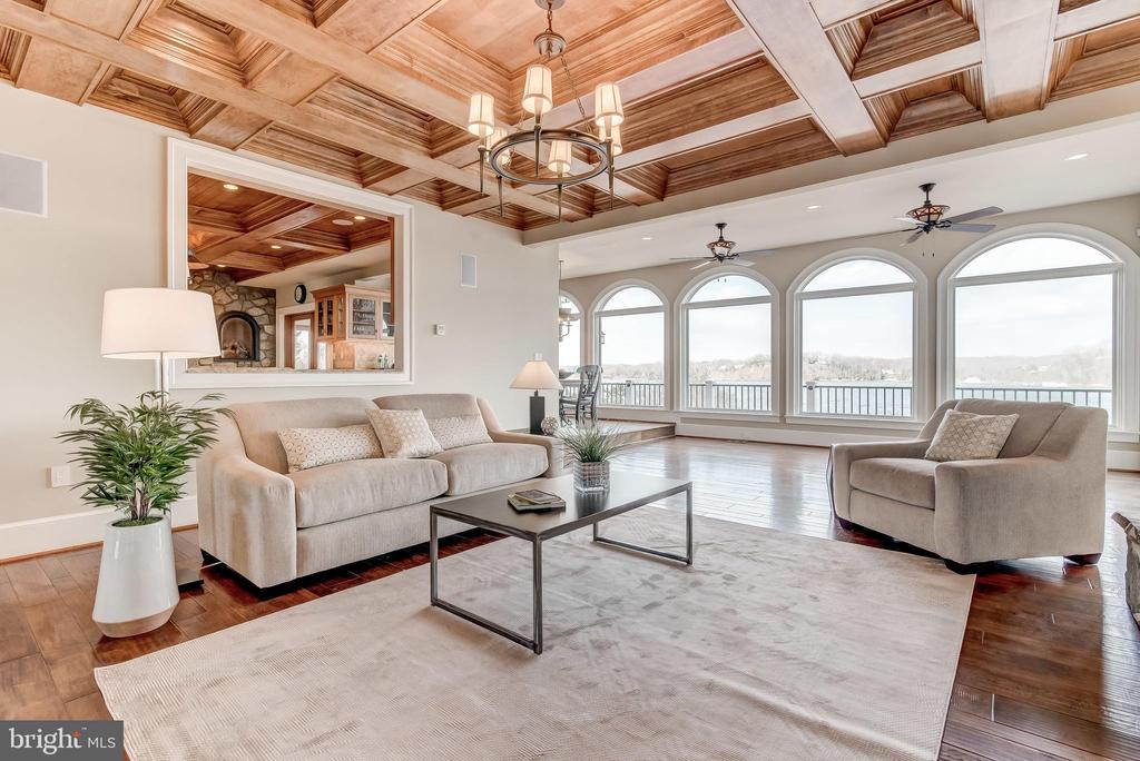 Family Room - 803 COACHWAY, ANNAPOLIS