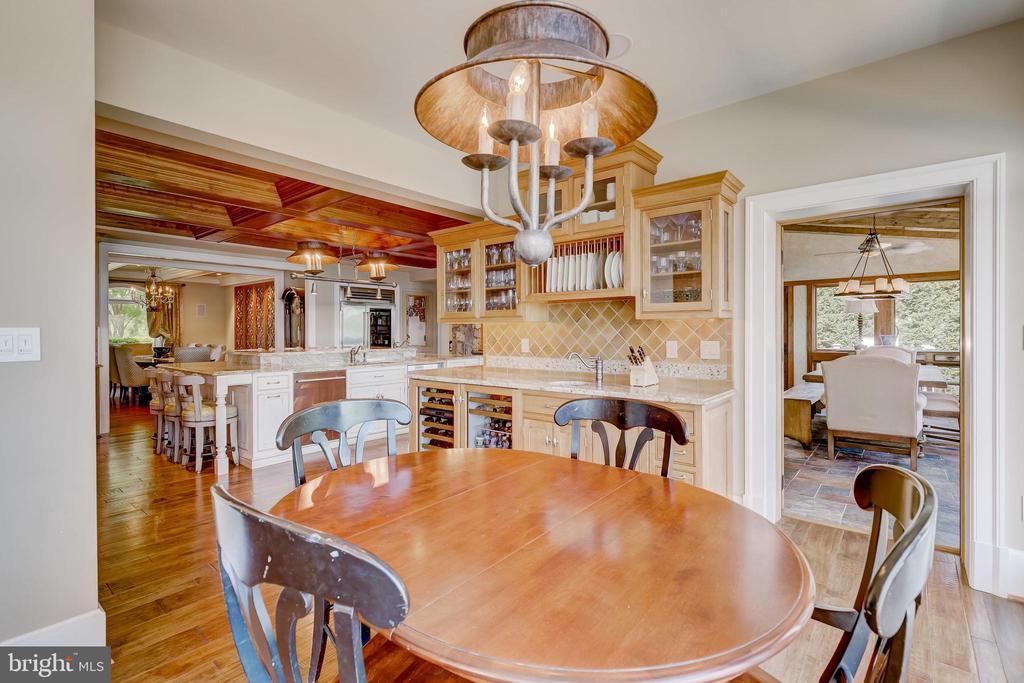 Kitchen/Breakfast room - 803 COACHWAY, ANNAPOLIS