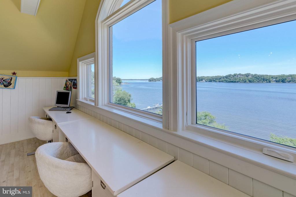 View/Bedroom 5 - 803 COACHWAY, ANNAPOLIS