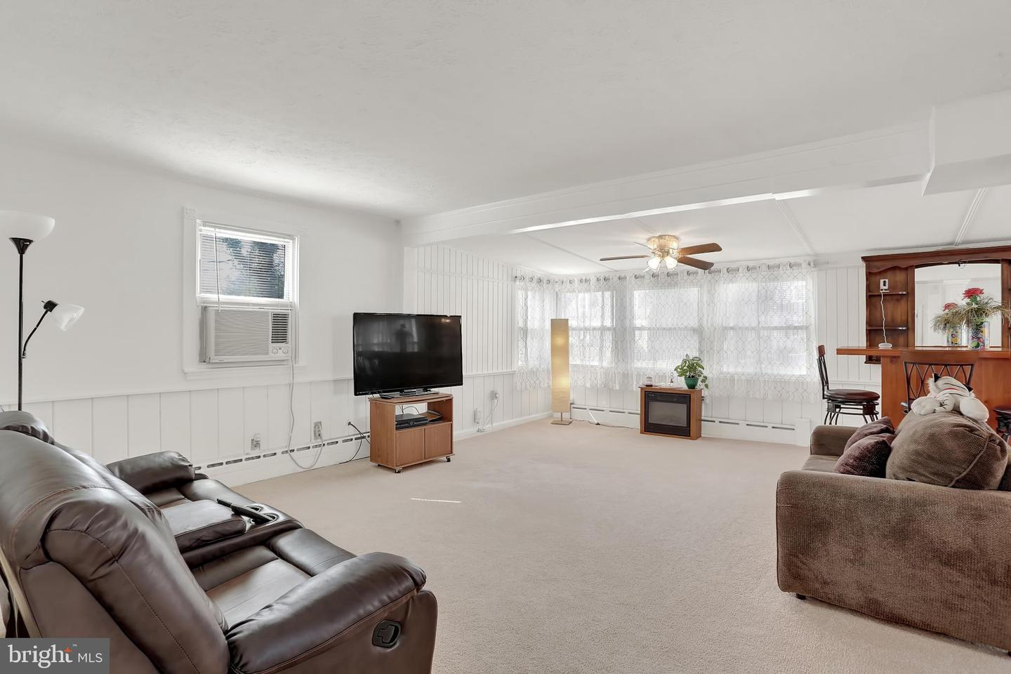 Additional photo for property listing at 4602 Morgan Rd Morningside, Maryland 20746 United States