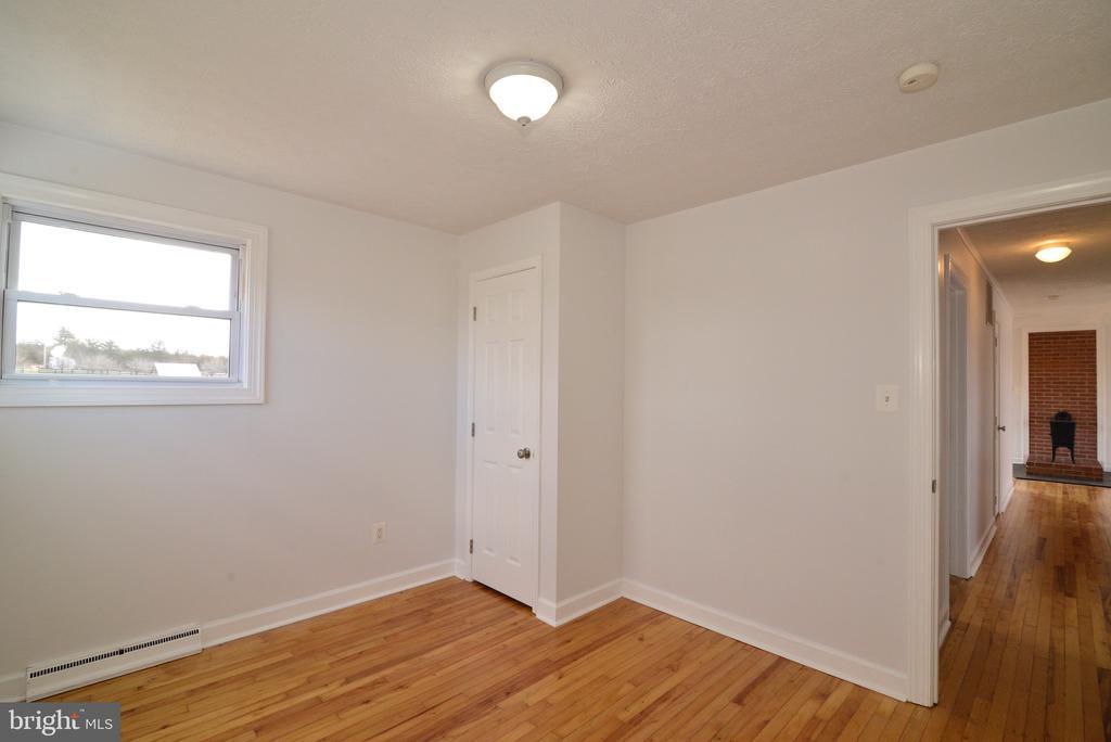 Master Bedroom - 918 WADESVILLE RD, BERRYVILLE