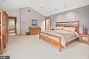 Master Bedroom - 6201 POINDEXTER LN, NORTH BETHESDA