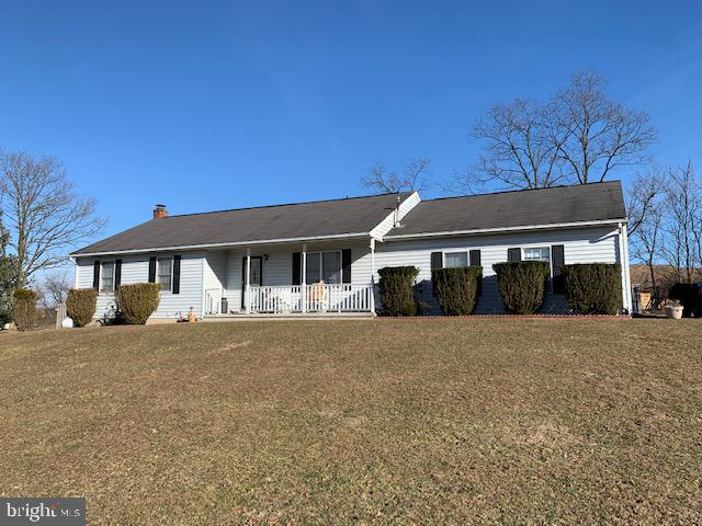 Single Family for Sale at 994 Pious Rd Berkeley Springs, West Virginia 25411 United States