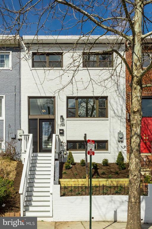 MLS DCDC401638 in BRENTWOOD