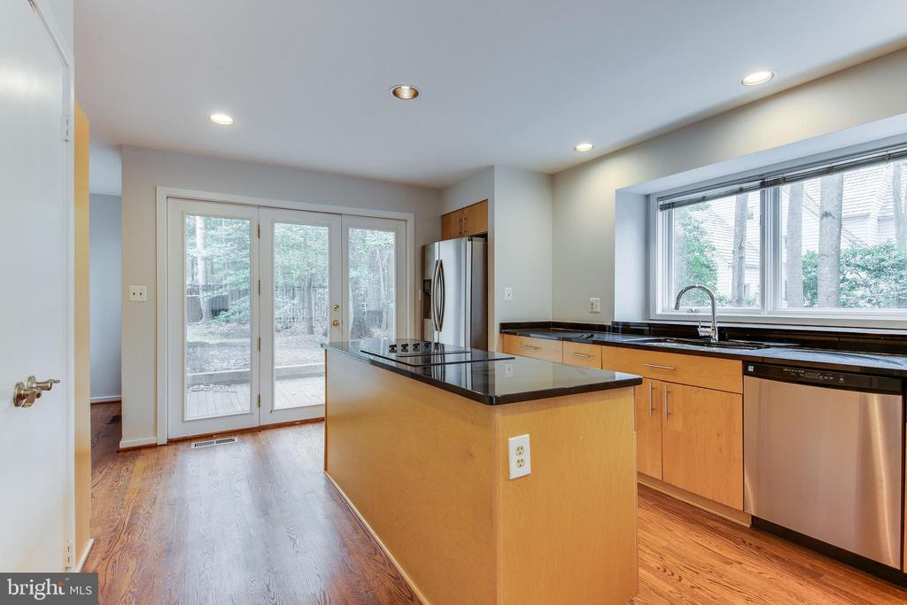 Kitchen Leading to One of Two Backyard Patios - 1505 N VILLAGE RD, RESTON