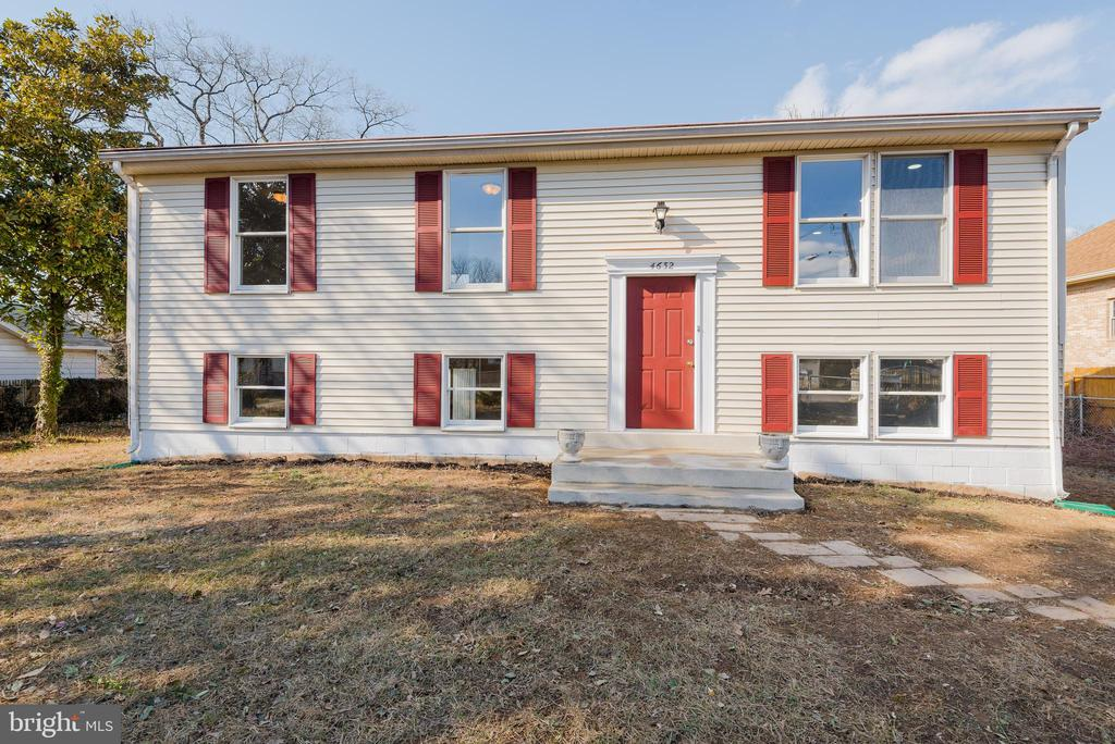 Welcome Home! - 4632 HOWE AVE, SUITLAND