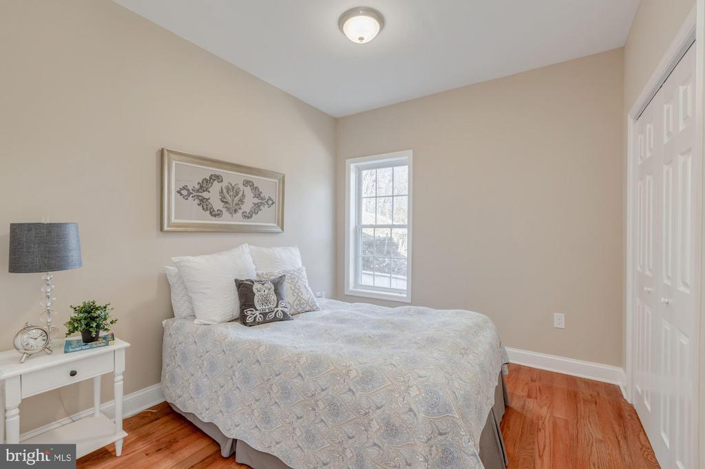 Bedroom on Main Level - 4412 RYNEX DR, ALEXANDRIA