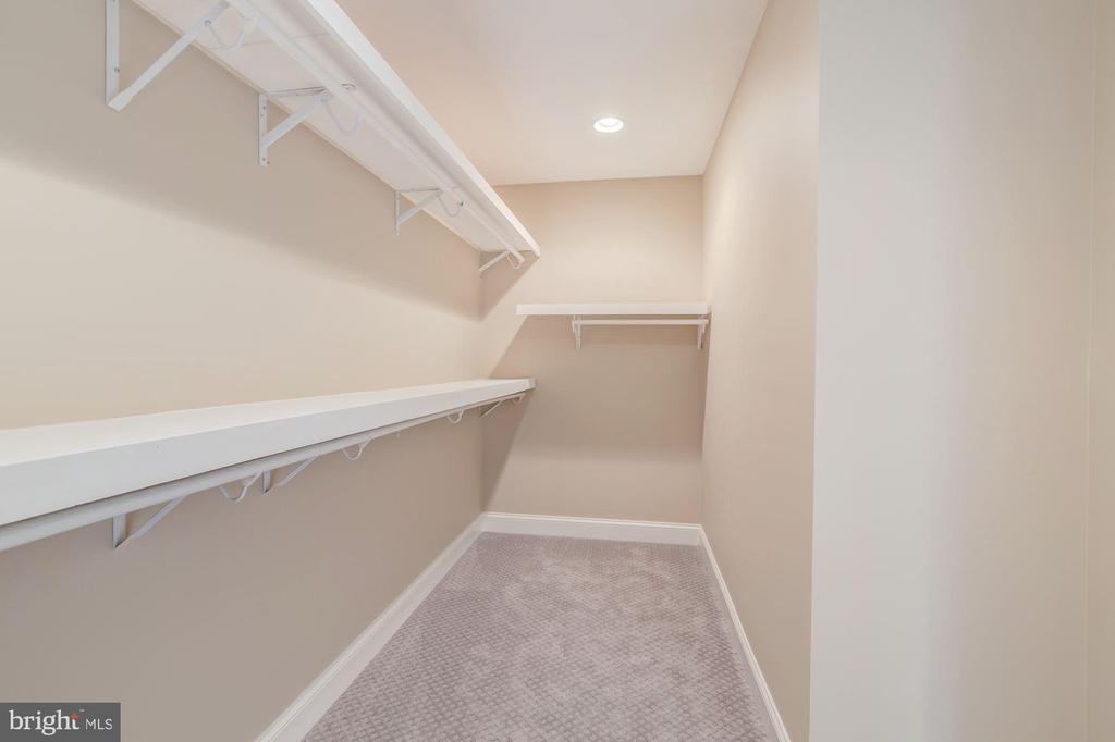 Huge Walk-in Closet in Master Bedroom - 4412 RYNEX DR, ALEXANDRIA