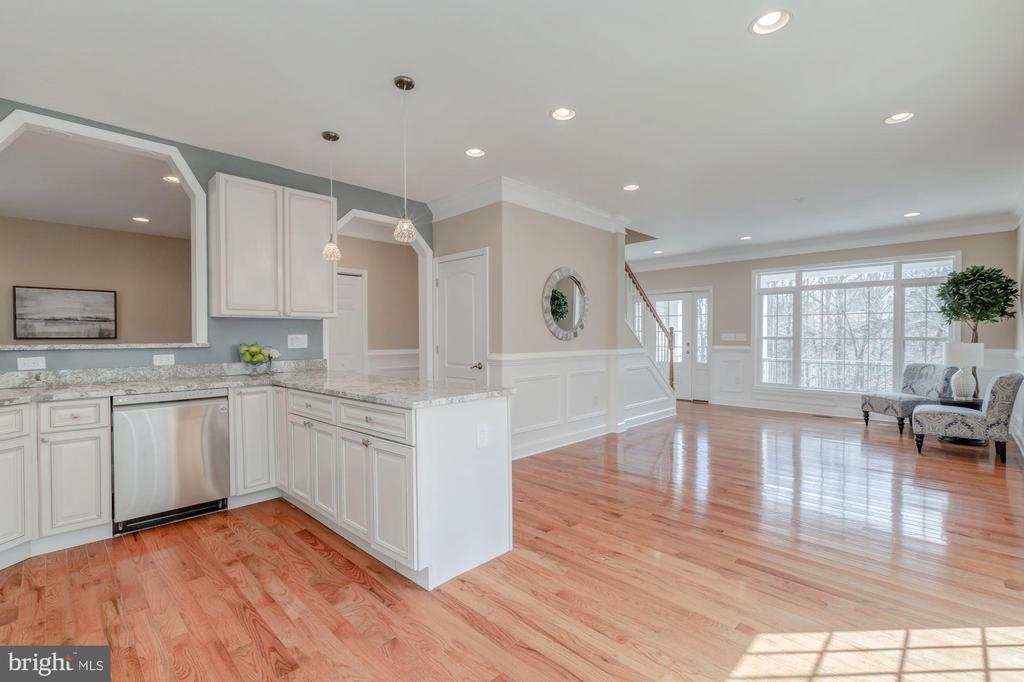 View of Living and Dining Area from Kitchen - 4412 RYNEX DR, ALEXANDRIA
