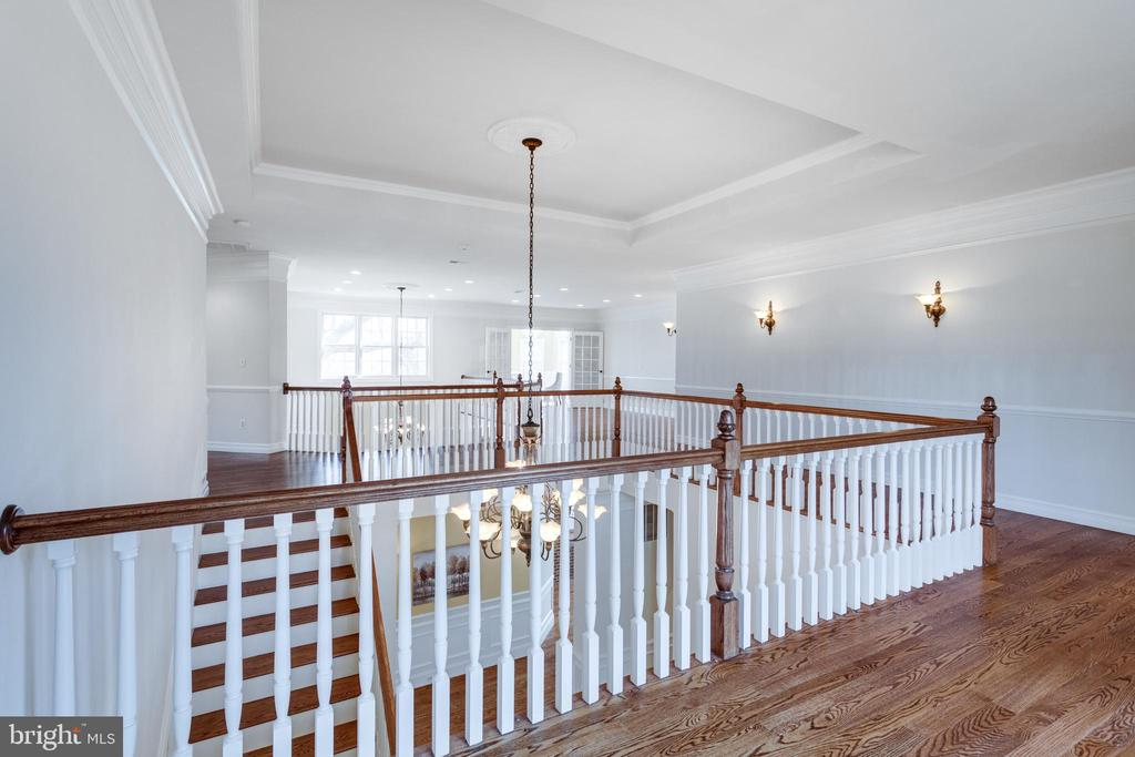 Tons of natural light flood the home! - 1847 HUNTER MILL RD, VIENNA