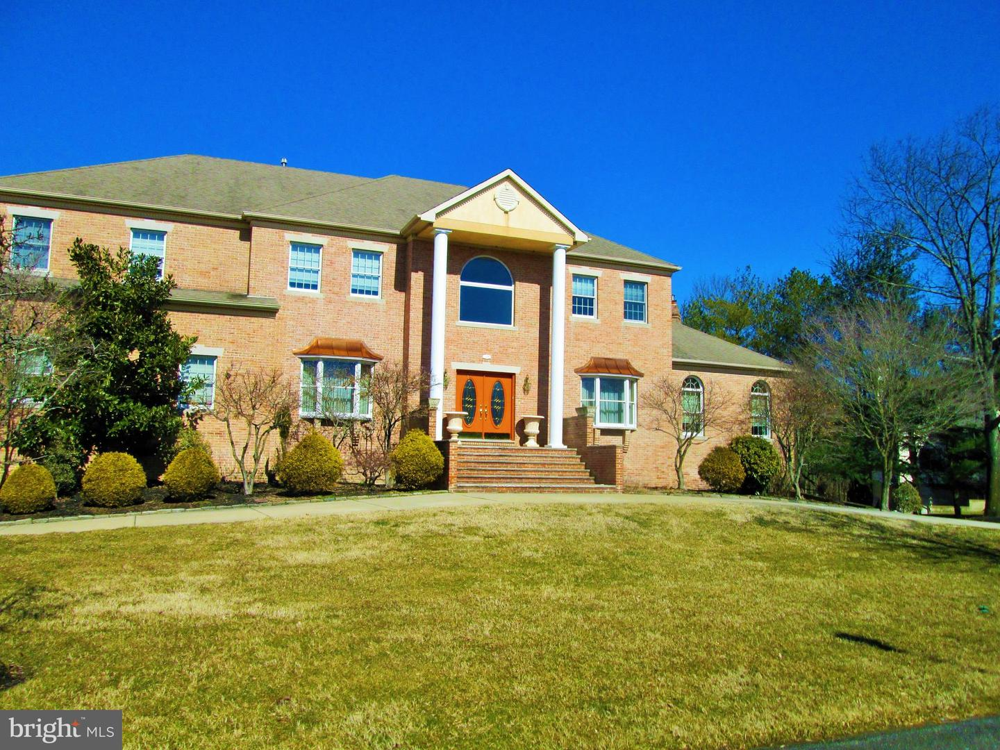 Photo of home for sale at 42 Berkshire Drive, Sewell NJ