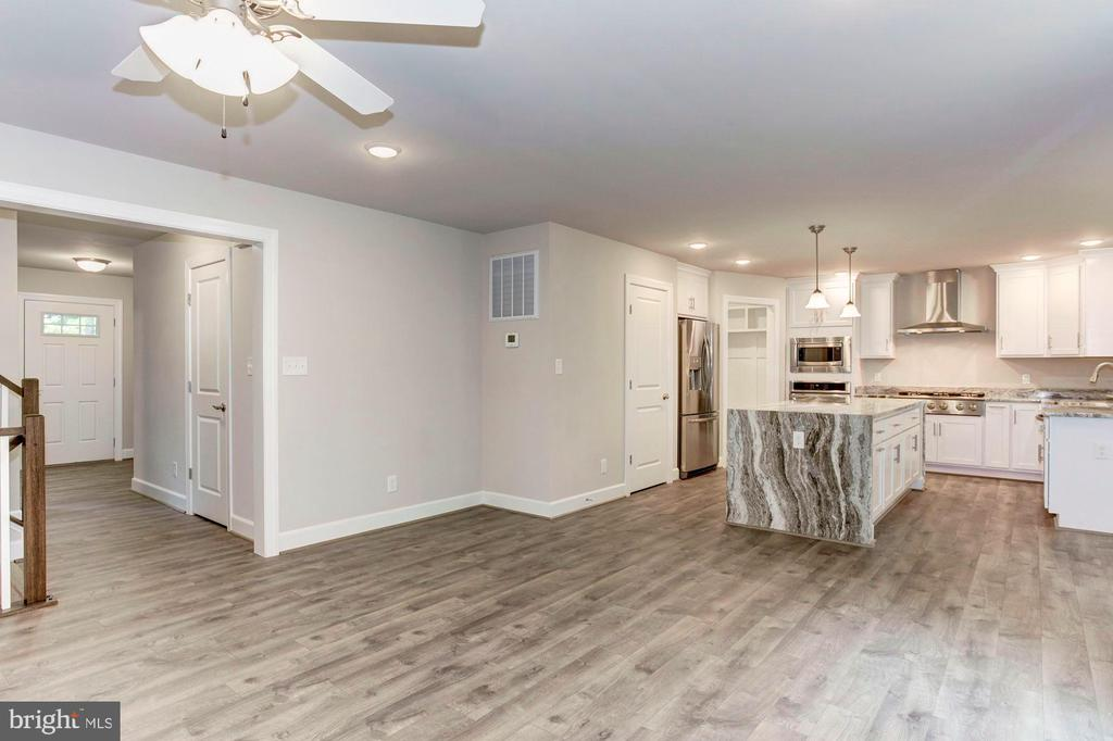 Gorgeous Kitchen! - 004 BETHEL CHURCH RD, FREDERICKSBURG