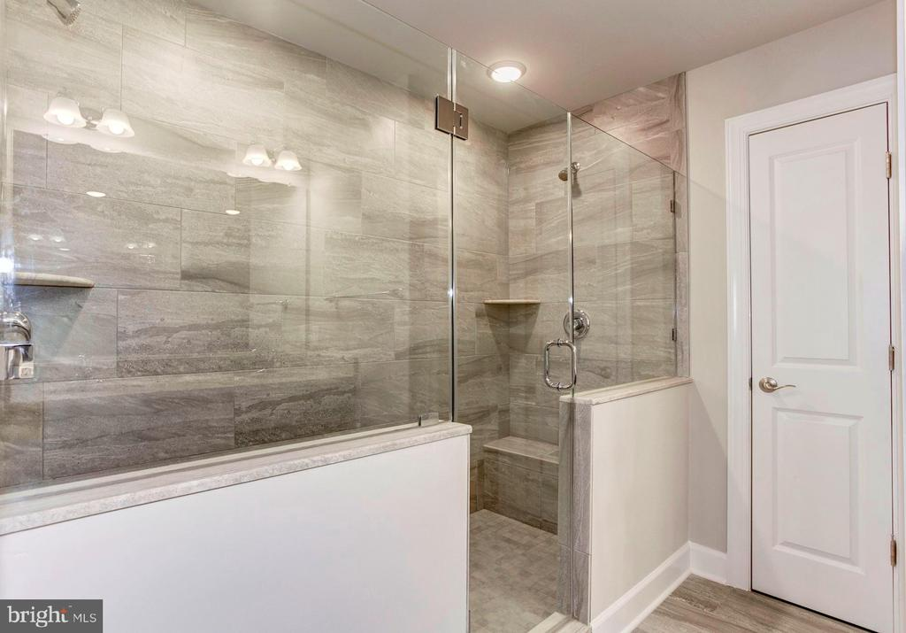 Optional Oversized Shower in the Master Bath. - 004 BETHEL CHURCH RD, FREDERICKSBURG