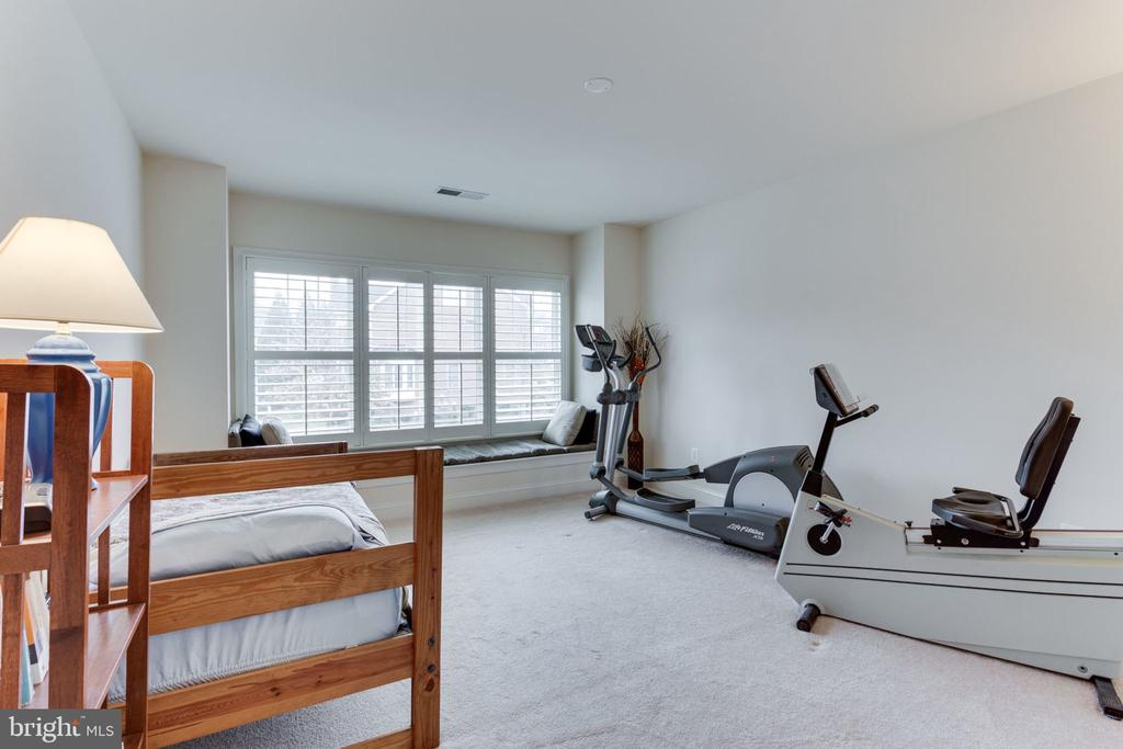 Bedroom #4 or work out room! - 6397 GAYFIELDS RD, ALEXANDRIA