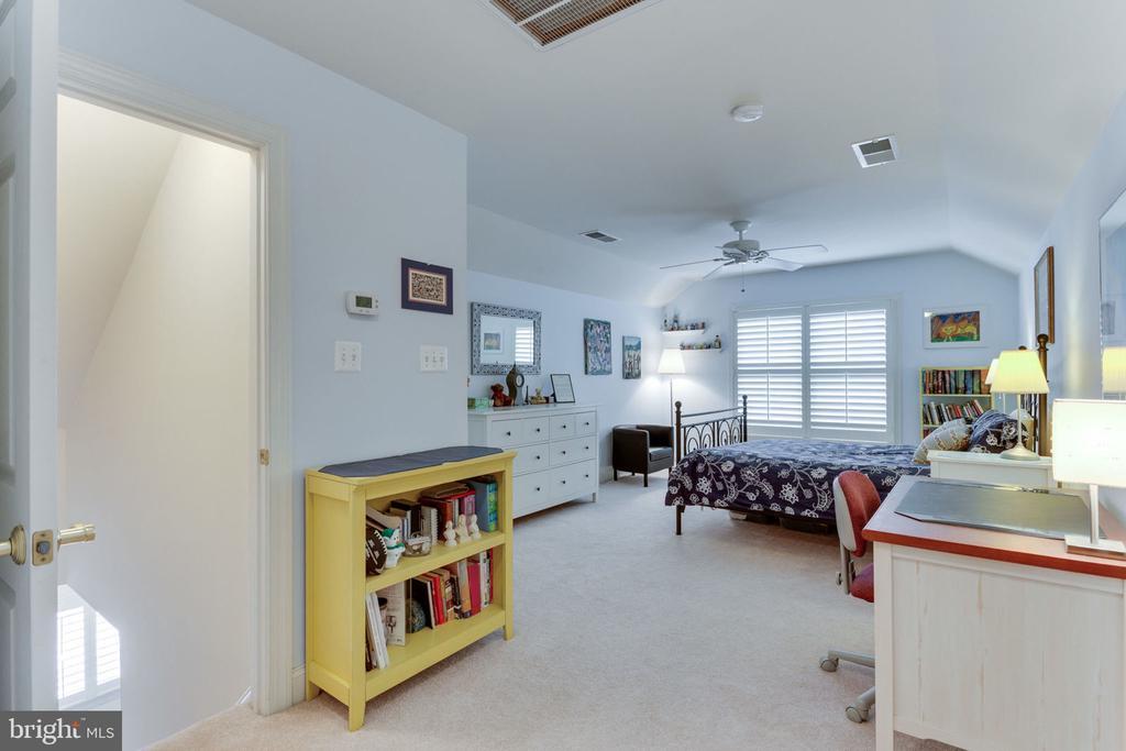 Bedroom #5 - loft - 6397 GAYFIELDS RD, ALEXANDRIA