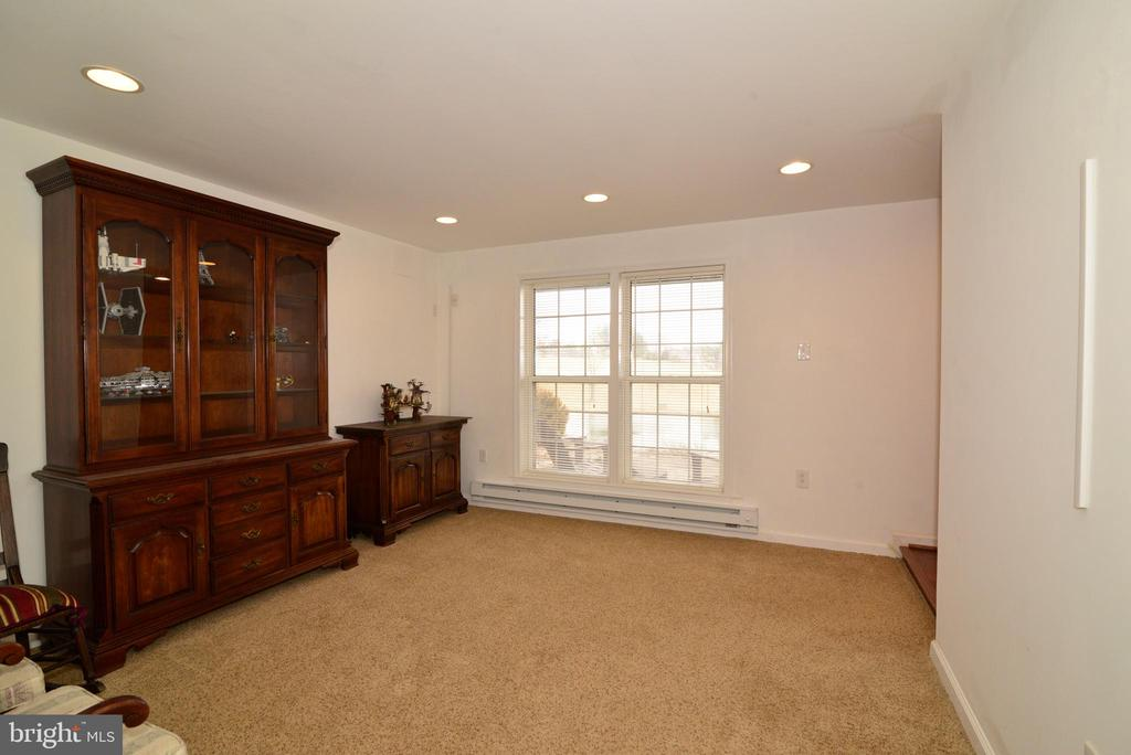 Perfect for a first floor guest room - 39520 SWEETFERN LN, LOVETTSVILLE