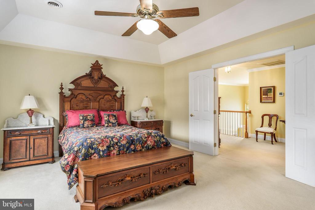 Master Bedroom - 35190 DORNOCH CT, ROUND HILL