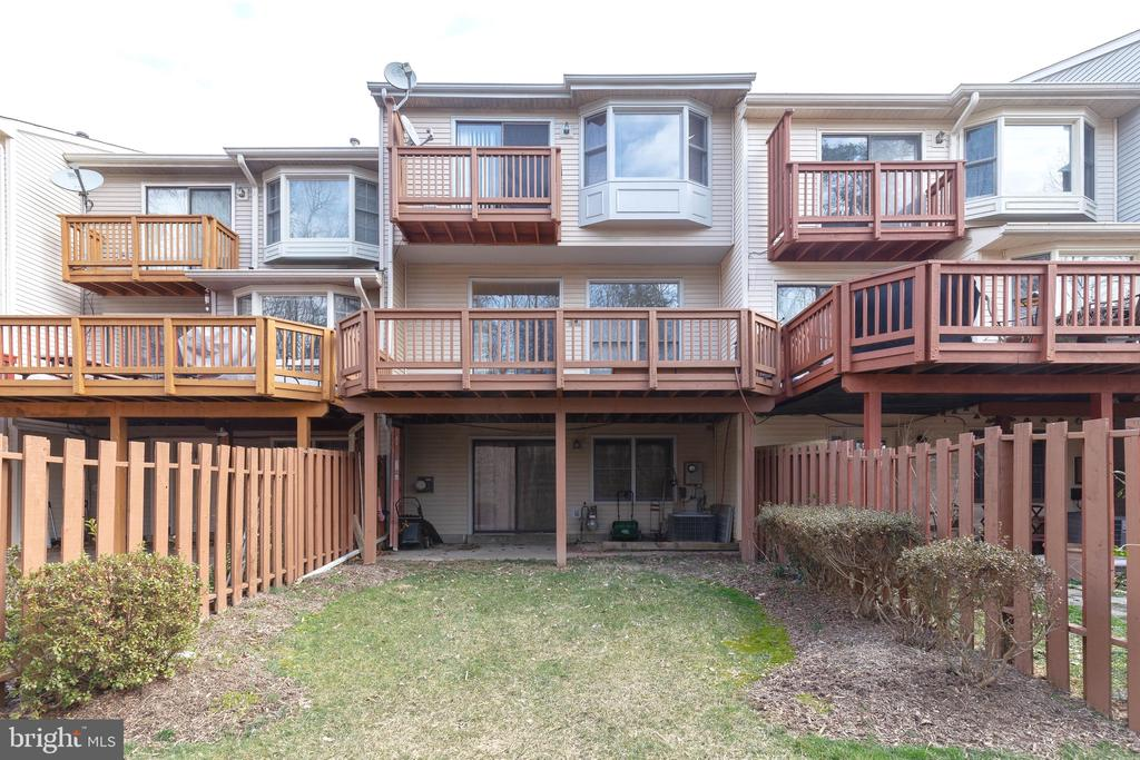Expansive Deck with an Amazing view - 9087 GOLDEN SUNSET LN, SPRINGFIELD