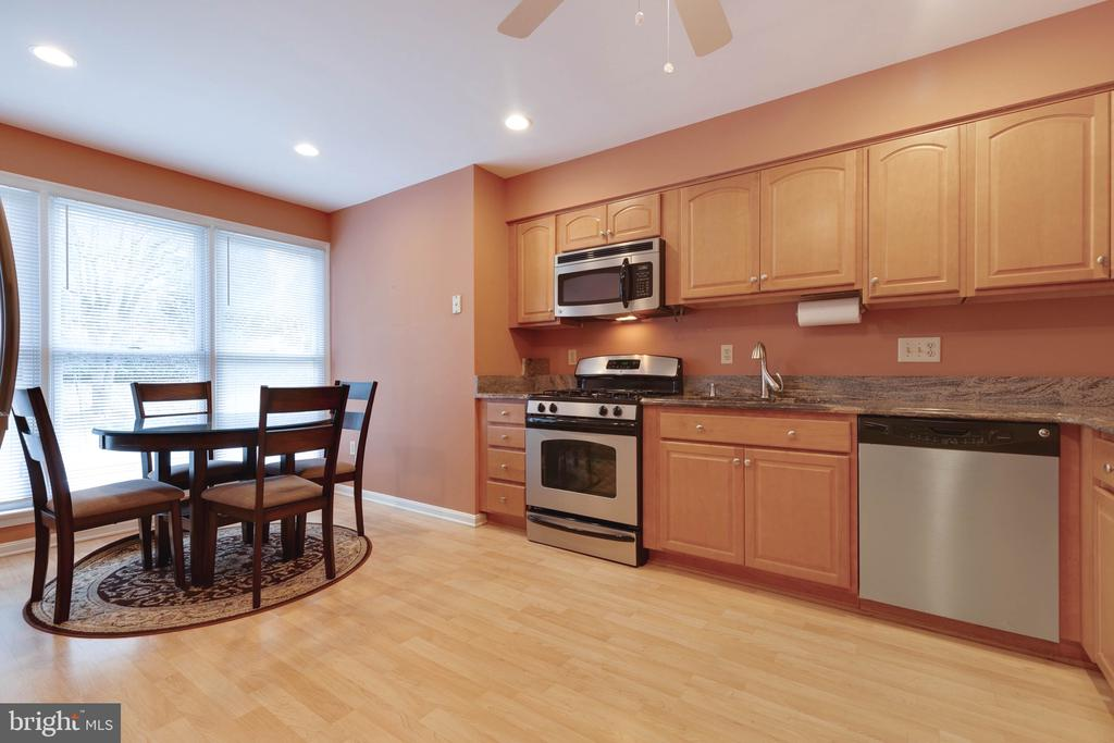 Large Kitchen with Recessed Lighting - 9087 GOLDEN SUNSET LN, SPRINGFIELD