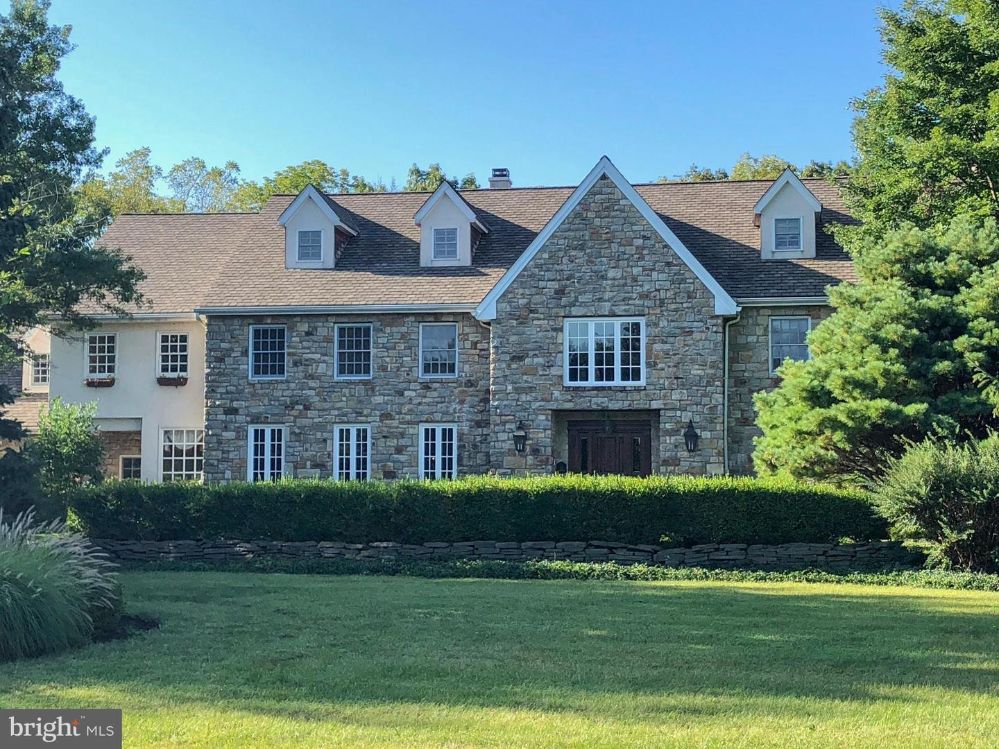 Single Family Home for Sale at 12 WEATHERFIELD Drive Newtown, Pennsylvania 18940 United States