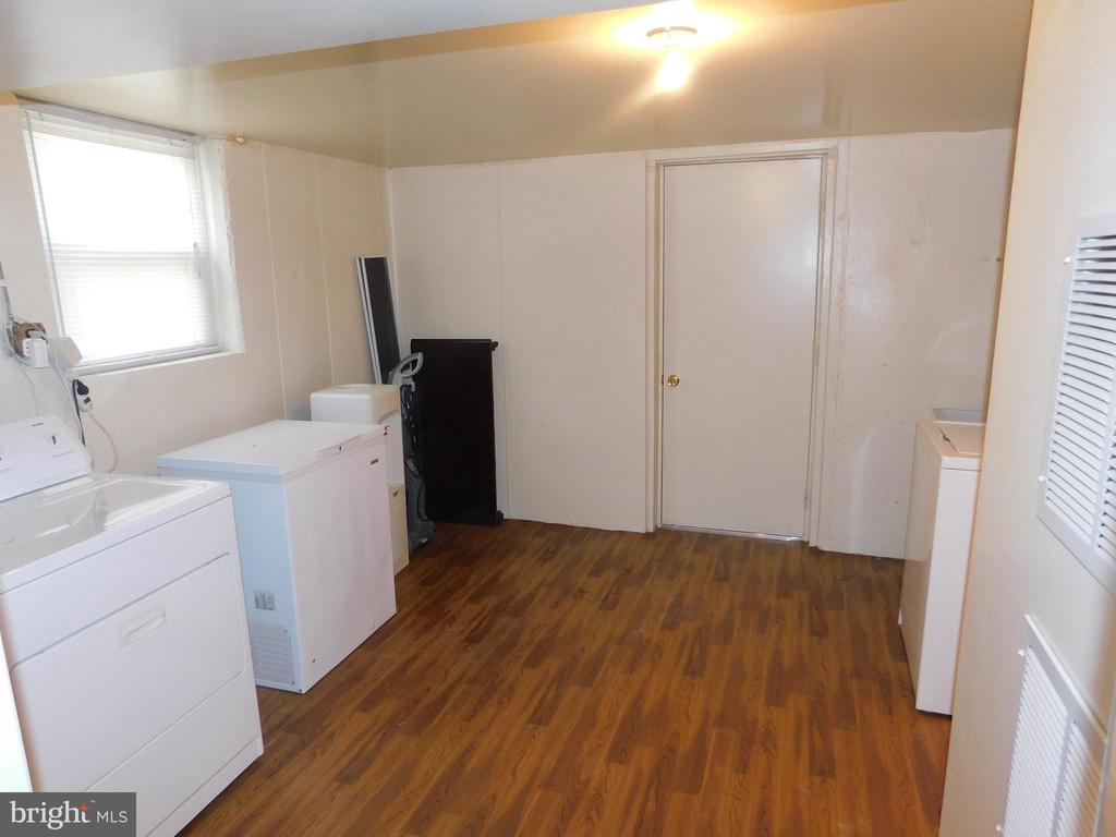 Basement Wash/Dryer - 4814 TANGIER PL, SUITLAND