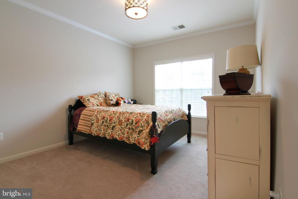 Second Bedroom - 42277 PROVIDENCE RIDGE DR, CHANTILLY