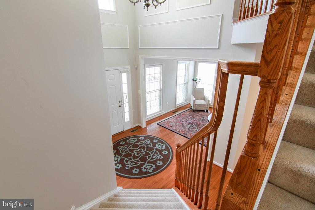 Upper Stairway - 42277 PROVIDENCE RIDGE DR, CHANTILLY