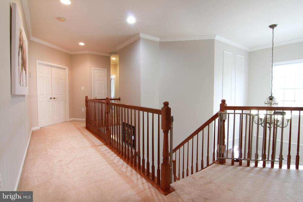 Upper Level Hallway - 42277 PROVIDENCE RIDGE DR, CHANTILLY