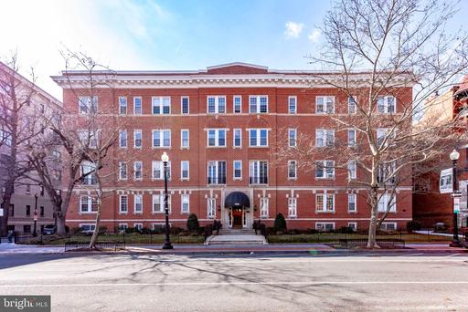 1526 17TH ST NW #210