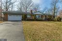 Lots of parking - 6808 HACKBERRY ST, SPRINGFIELD