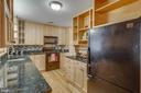 Lots of counter space - 6808 HACKBERRY ST, SPRINGFIELD