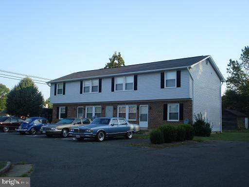 Single Family Home for Rent at 101 E E. MADISON ST #3 Remington, Virginia 22734 United States