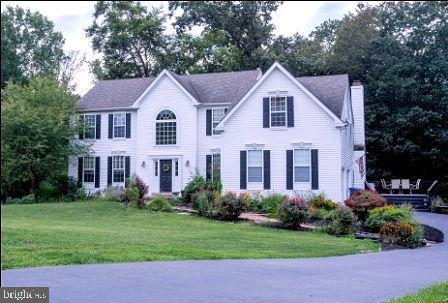 Enfamiljshus för Hyra vid 3 HOLLYMEAD Court Downingtown, Pennsylvania 19335 Förenta staterna