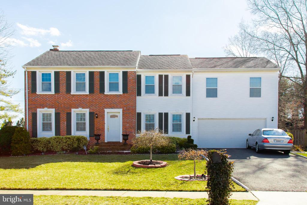 9001  MARITIME COURT, Springfield, Virginia