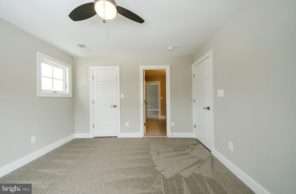 Bedroom 3 (Upper Level) - 7534 LISLE AVE, FALLS CHURCH