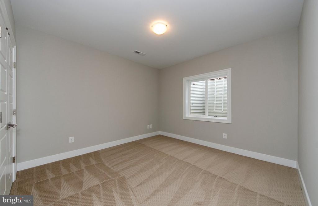 Bedroom 5 (Lower Level) - 7534 LISLE AVE, FALLS CHURCH