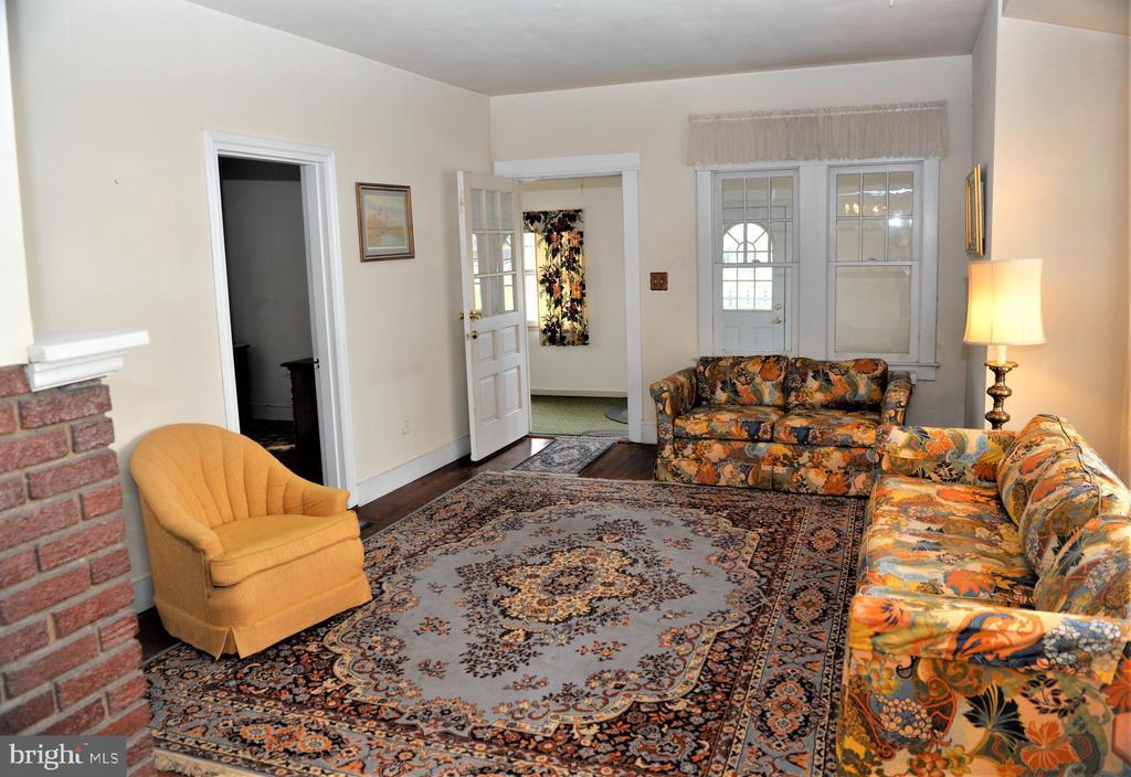 Living Room - 1205 N QUINCY ST, ARLINGTON