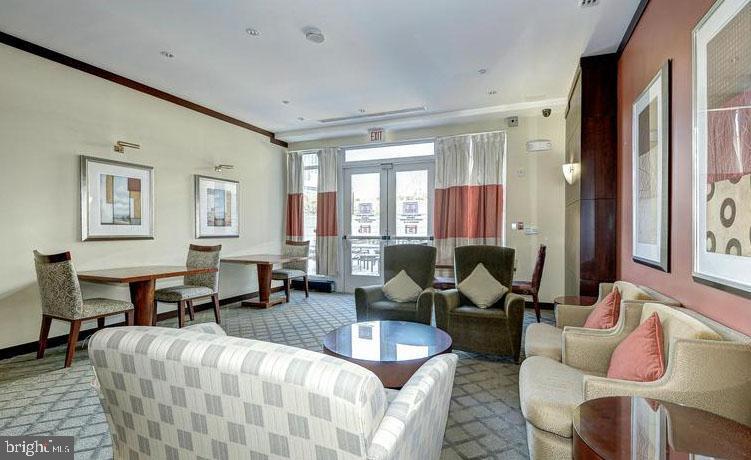 Lounge Conversation Seating Area - 11760 SUNRISE VALLEY DR #808, RESTON