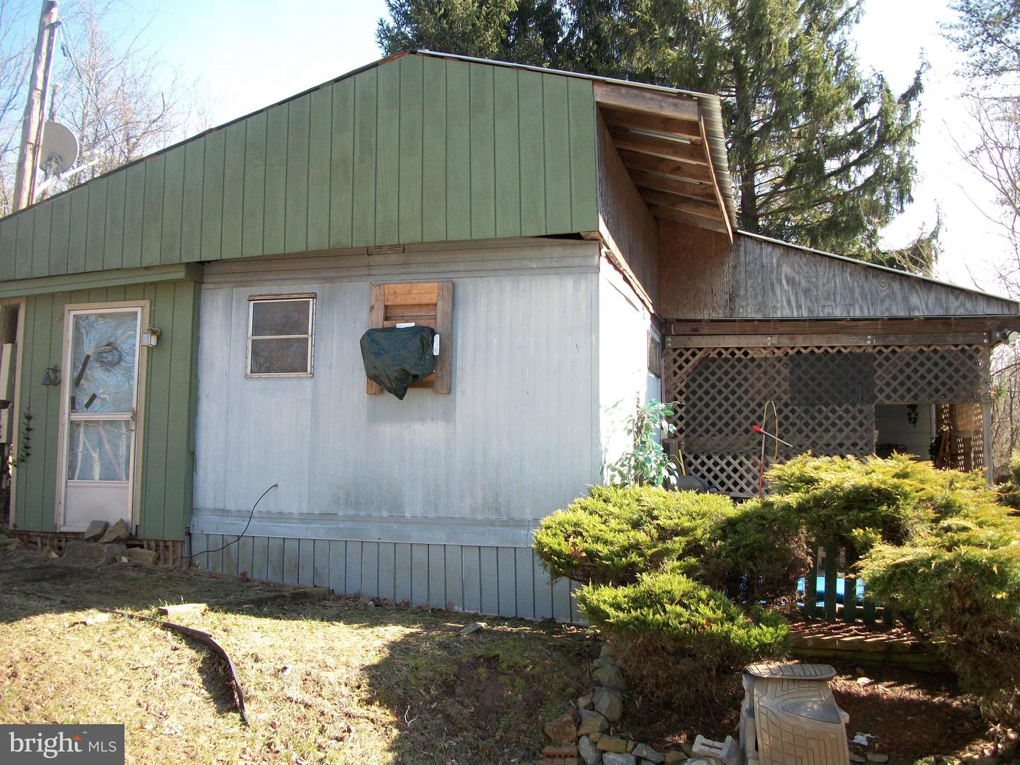Additional photo for property listing at 1474 Sticky Kline Rd S Berkeley Springs, West Virginia 25411 United States