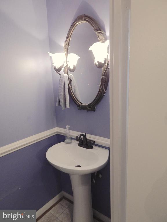 Updated main level Half Bath - 444 GREENBRIER CT #444, FREDERICKSBURG