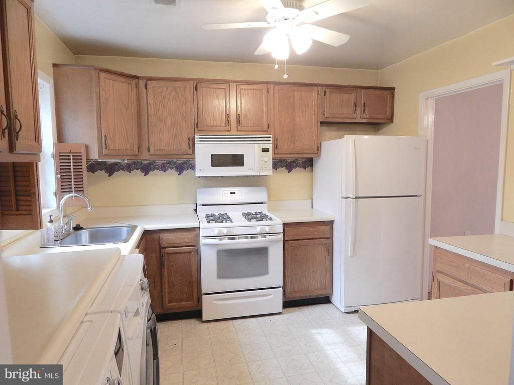 Kitchen view from Foyer. Updated appliances - 444 GREENBRIER CT #444, FREDERICKSBURG