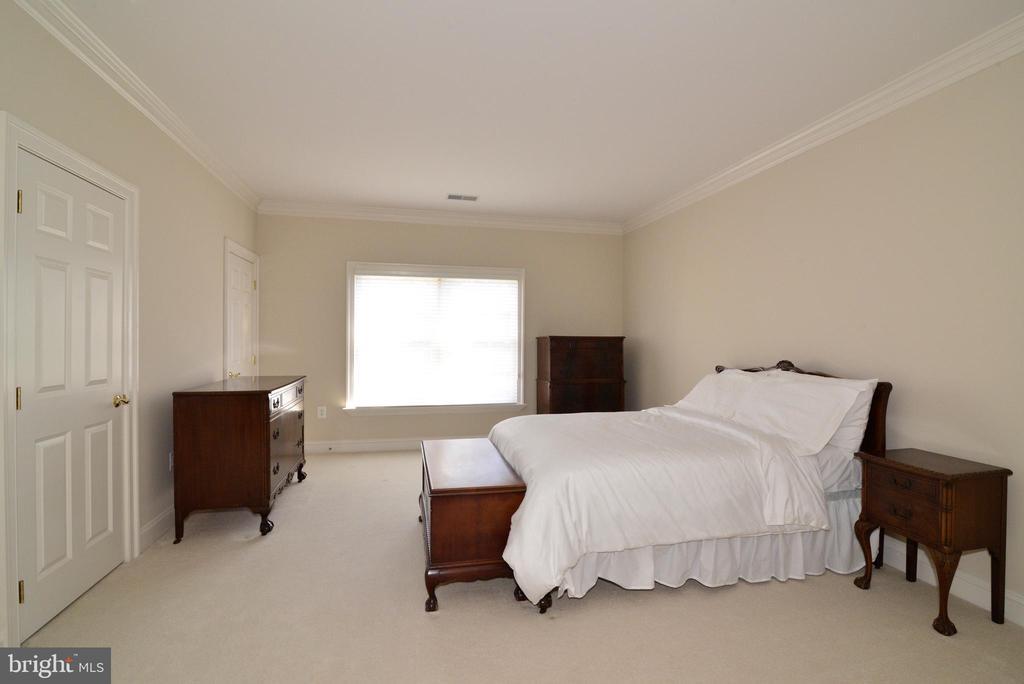 Bedroom No. 2 - 11371 JACKRABBIT CT, POTOMAC FALLS