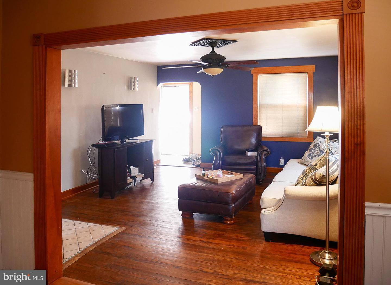 Villa per Vendita alle ore Mount Ephraim, New Jersey 08059 Stati Uniti