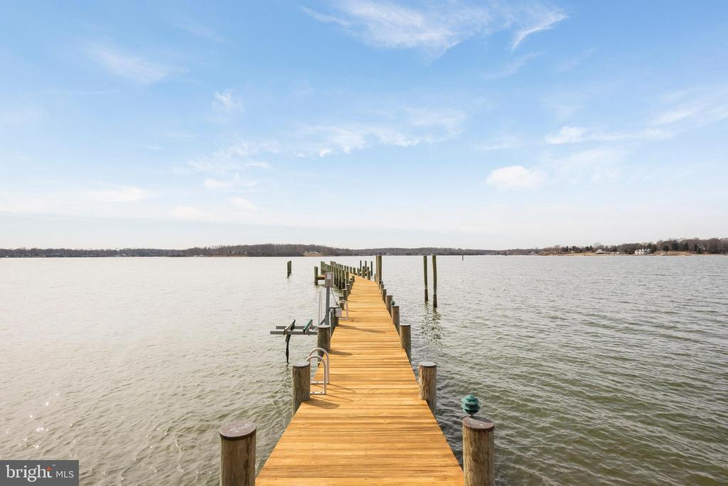 Pier on the South River - 1002 MELVIN RD, ANNAPOLIS