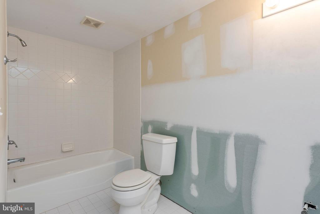 Lower Level Full Bath - 1002 MELVIN RD, ANNAPOLIS