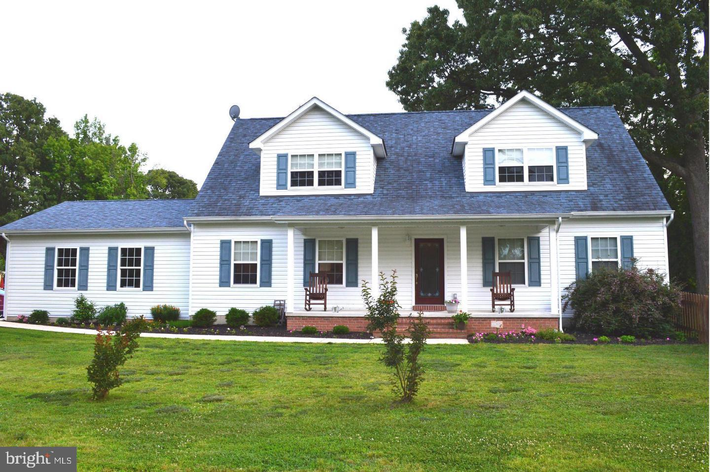 Photo of home for sale at 16303 Swan Drive, Cobb Island MD