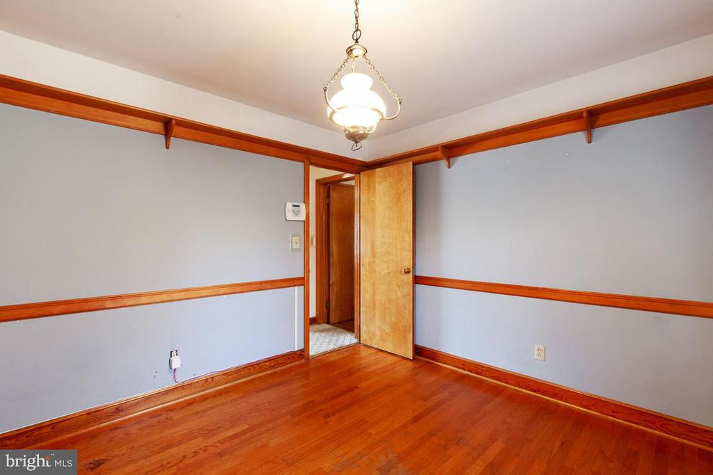 Used as an office, but could be Din rm or BDRM - 11723 ROBINWOOD DR, HAGERSTOWN